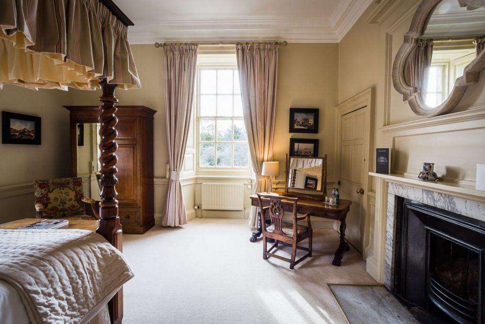 Gilmerton-House-Bedrooms-024