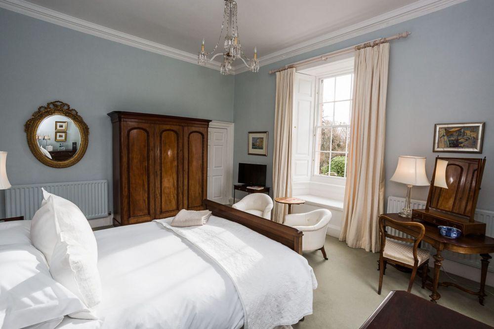 Gilmerton-House-Bedrooms-045