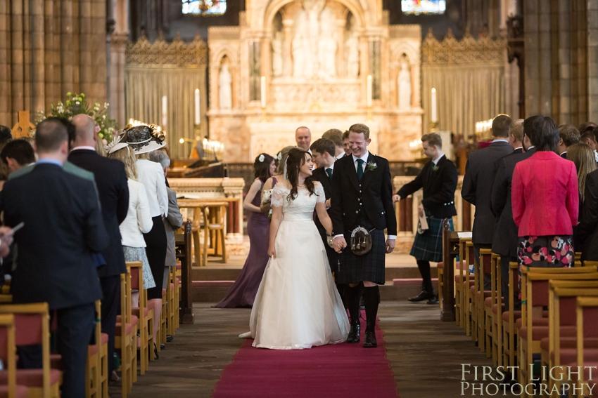 Wedding couple, wedding dress, Dundas Castle wedding photography. Edinburgh wedding photography by First Light Photography