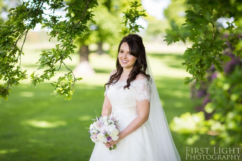 bride, wedding dress, wedding flowers, Dundas Castle wedding photography. Edinburgh wedding photography by First Light Photography