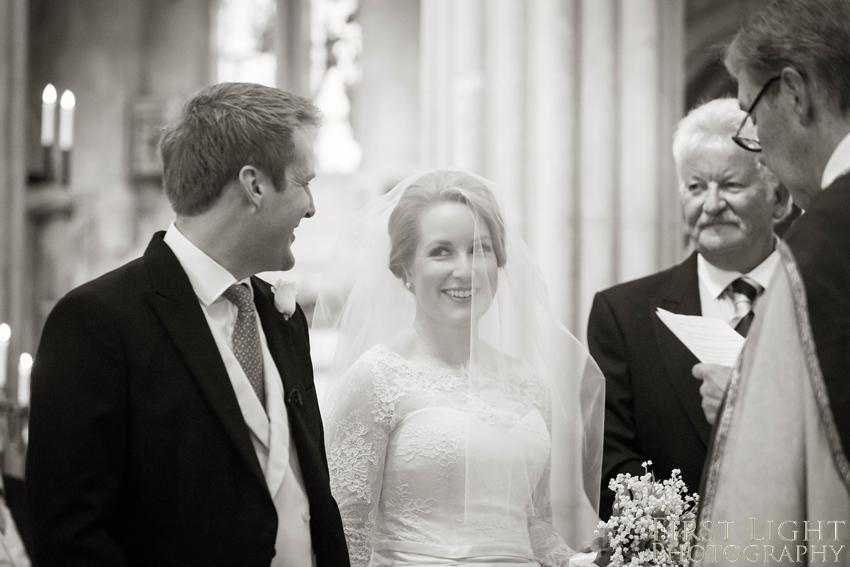 rosslyn-chapel-wedding-photography19
