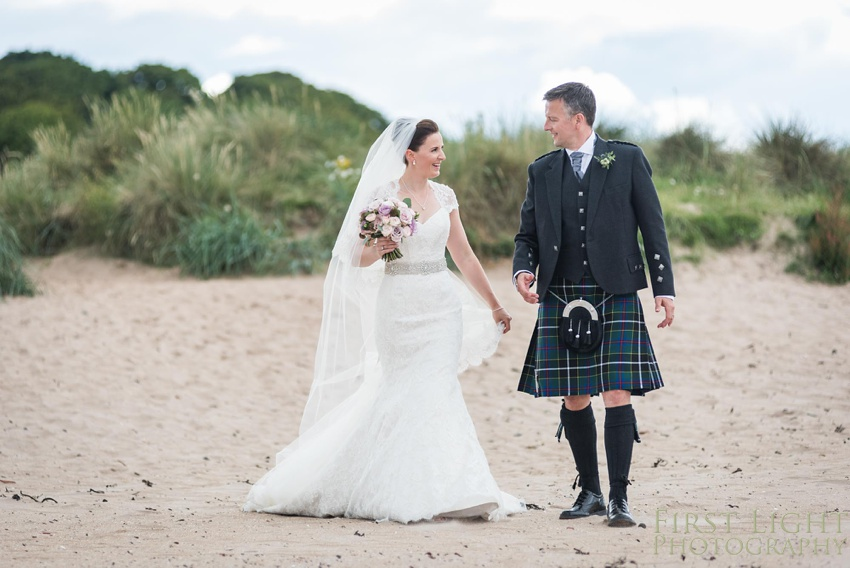 Wedding Pictures, Gilmerton House, Wedding Photographer, Edinburgh Wedding Photographer, Edinburgh, Scotland, Copyright: First Light Photography
